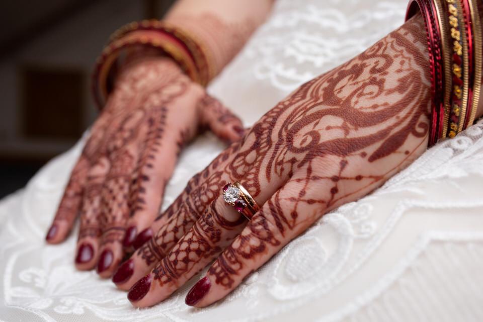 Lakota Oaks Wedding - Henna with Rings - CT Photo Group