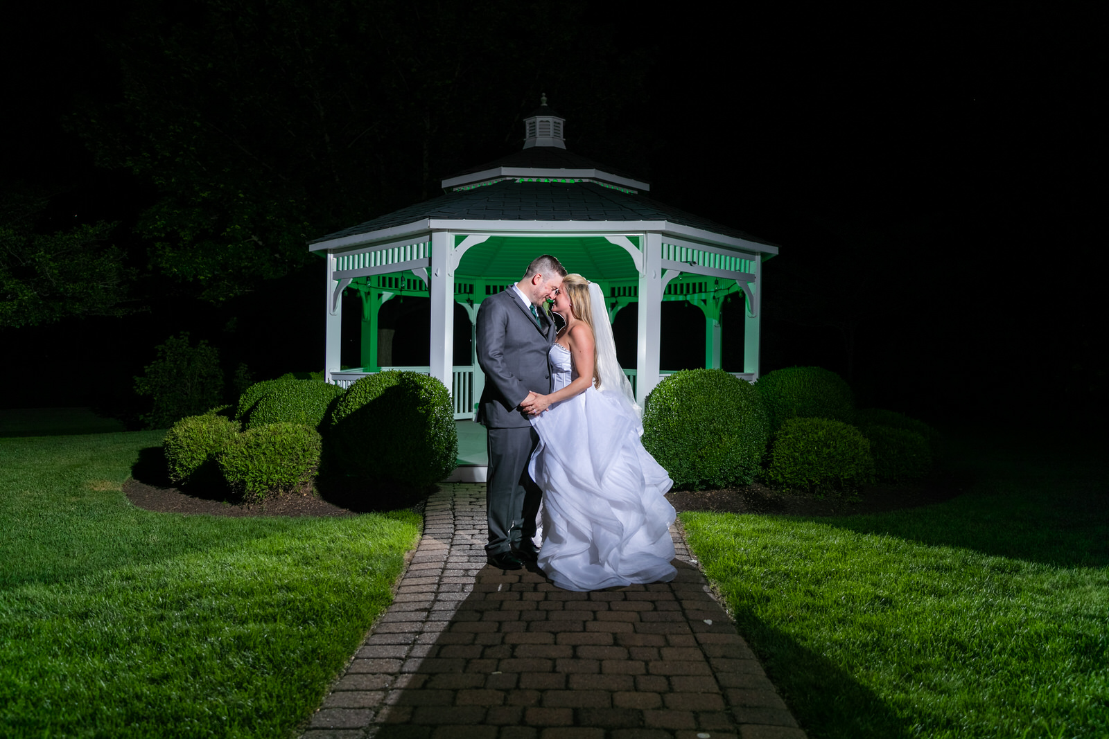 Great River Country Club Wedding Photography - CT Photo Group
