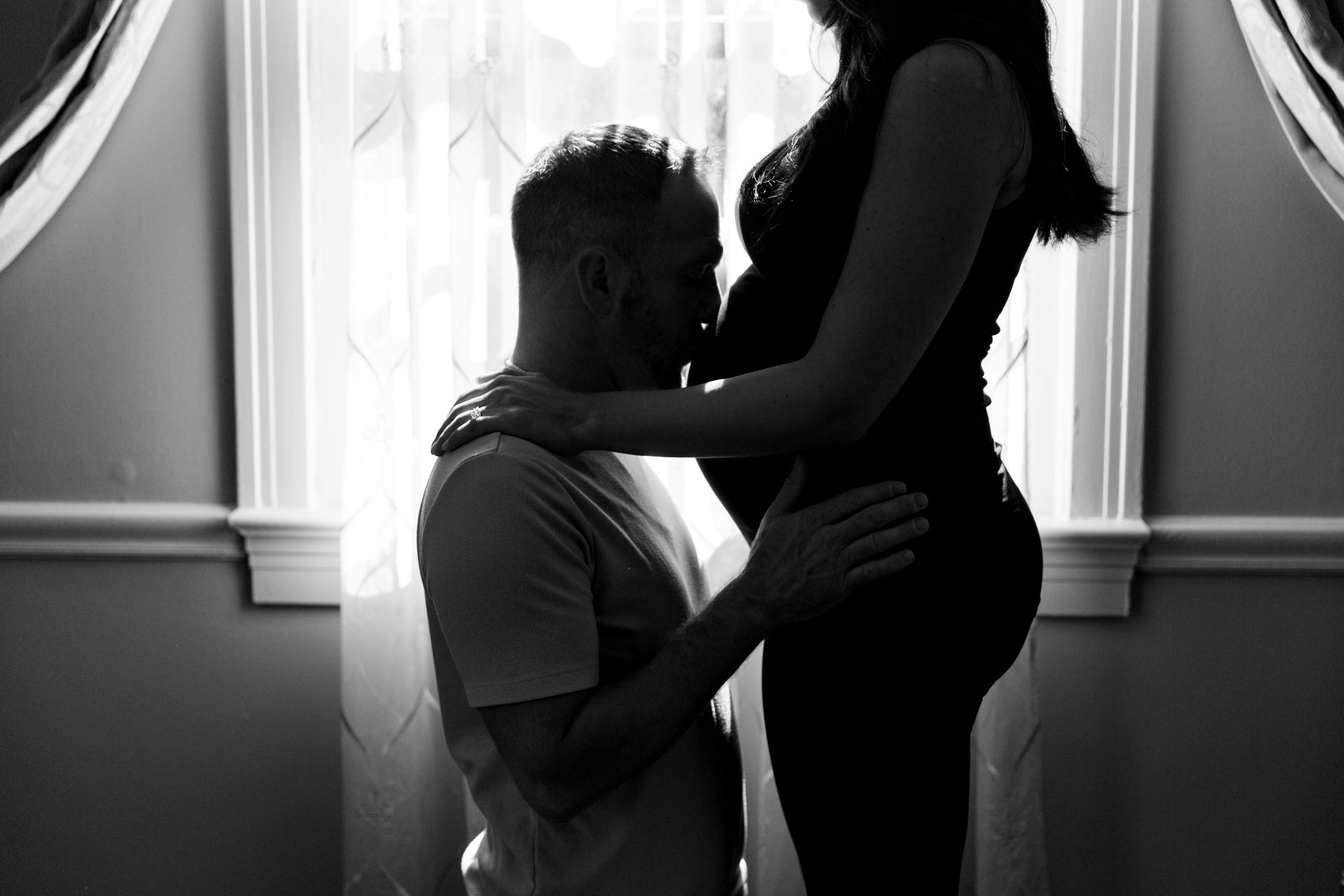 Maternity photography - CT Photo Group
